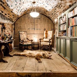 Inspiration för små rustika hemmabarer, med träbänkskiva och stänkskydd i tegel