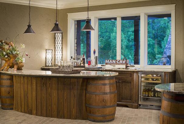 Traditional Basement by Dillard-Jones Builders, LLC