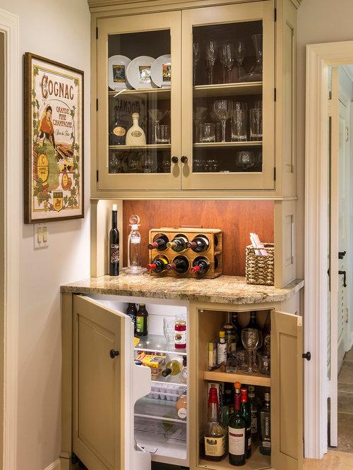 landhausstil hausbar einrichten ideen design houzz. Black Bedroom Furniture Sets. Home Design Ideas