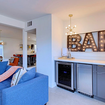 3 Palms - Wet Bar