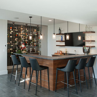 Example of a minimalist home bar design in Kansas City