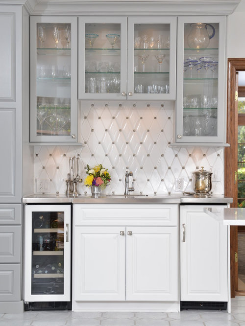 Upper Bar Cabinet Home Design Ideas, Pictures, Remodel and Decor