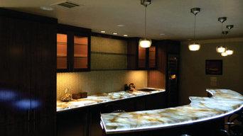 Backlit Onyx Downstairs Bar, Texas