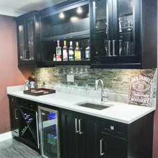 Contemporary Home Bar by L9 Contracting and Development Ltd.