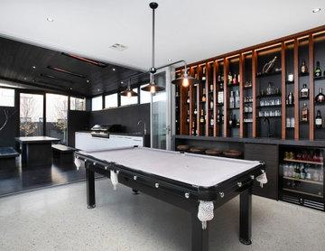 Contemporary Home Bar