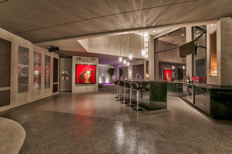 Contemporary Masterpiece - Newport Landing