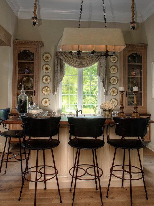 Fotos de bares en casa dise os de bares en casa con for Bar de madera estilo campo