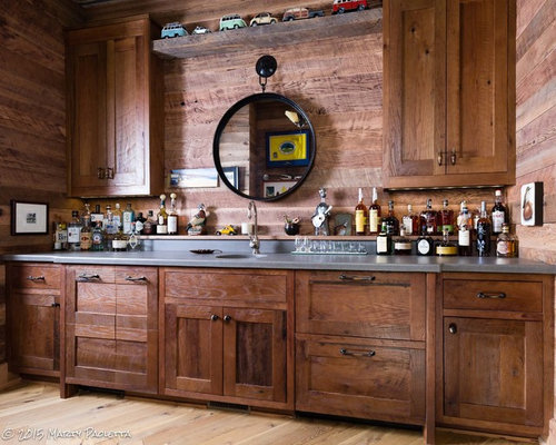 Craftsman nashville home bar design ideas remodels photos for Style kitchen nashville reviews
