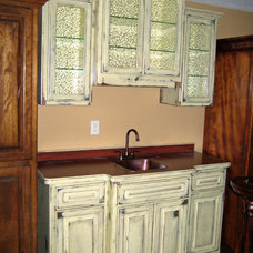 Traditional Home Bar by Lindus Construction/Midwest LeafGuard