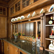 Traditional Home Bar by Gardner/Fox Associates, Inc