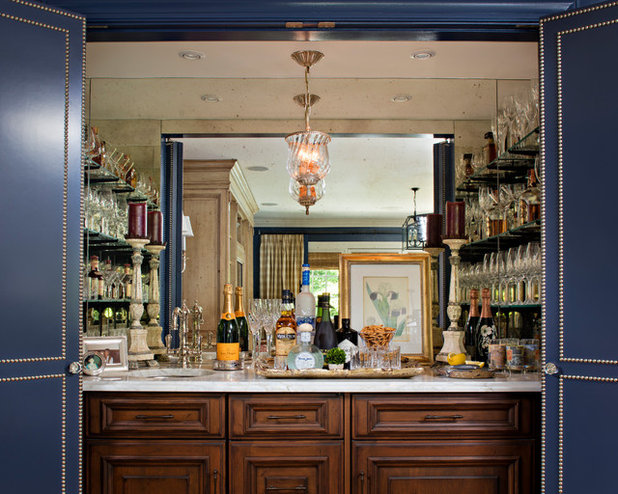 Get Set for Happy Hour With a Stylish Bar Closet