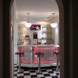 Idee per un bancone bar boho chic di medie dimensioni con pavimento in vinile, pavimento multicolore, top in acciaio inossidabile e nessun'anta