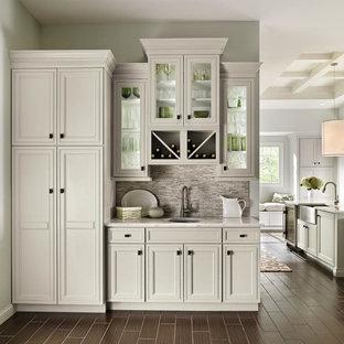 Decorá Cabinets: Built-In Home Bar