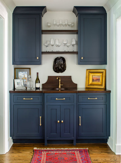 Traditional Home Bar by Alan Clark Architects, LLC