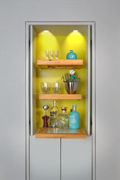 Contemporary Home Bar by Upside  Development