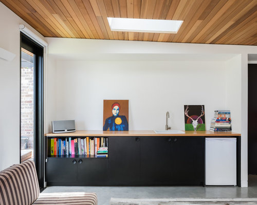 Small Contemporary Single Wall Wet Bar In Sydney With A Drop In Sink,