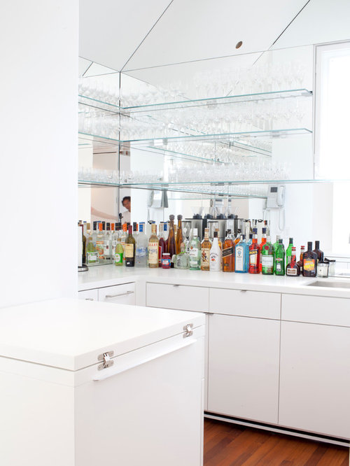 White u shaped home bar design ideas remodels photos for 1111 dolphin terrace corona del mar