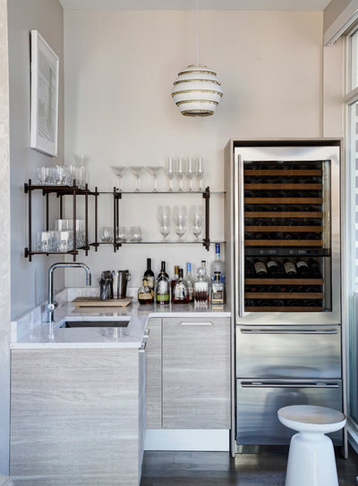 Contemporary Home Bar by Cari Giannoulias Design