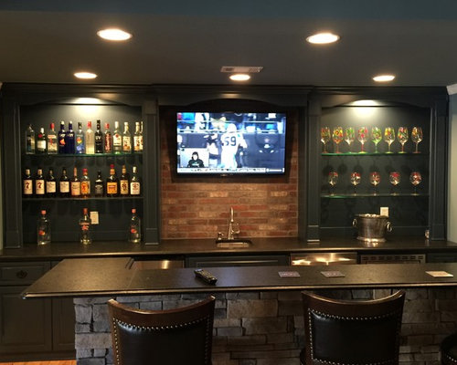 Example Of A Mid Sized Classic Galley Wet Bar Design In Atlanta With An  Undermount