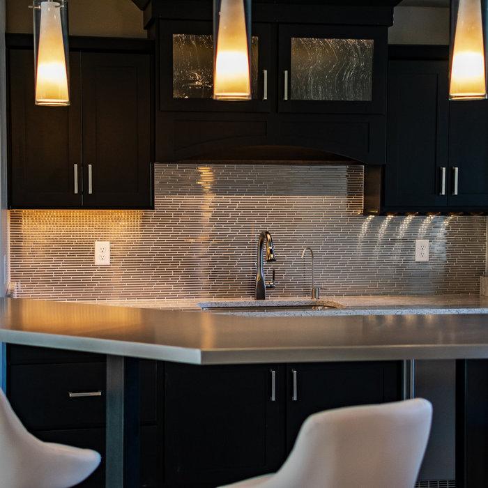 Home Bar - Custom Quartz Countertops