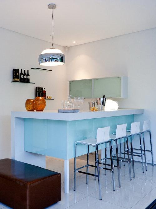 https://st.hzcdn.com/fimgs/cbb18410028dbeff_9020-w500-h666-b0-p0--contemporary-home-bar.jpg