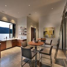 Contemporary Home Bar by Begrand Fast Design Inc.