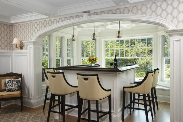 Traditional Home Bar by Kitchen Designs by Ken Kelly, Inc. (CKD, CBD, CR)