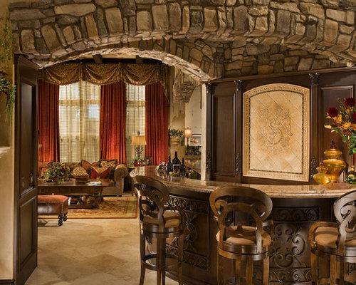 bar de salon m diterran en avec un placard en trompe l 39 oeil photos et id es d co de bars de salon. Black Bedroom Furniture Sets. Home Design Ideas