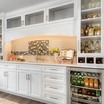 Life of the Party: A Bright Kitchen Design