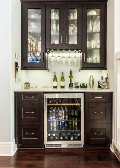 Contemporary Hemmabar by Zelmar Kitchen Designs & More, LLC