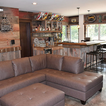 Lower Level Bar area, views to the Lake