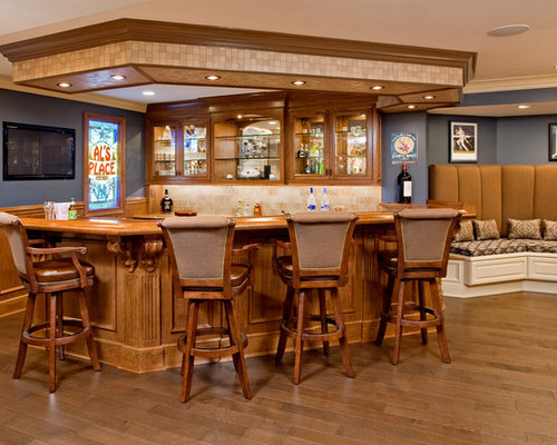 Example Of A Large Classic U Shaped Seated Home Bar Design In Philadelphia  With Medium
