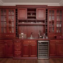 Traditional Home Bar by KenPride Custom Woodworking Inc.
