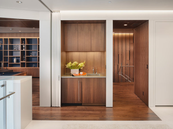Modern Hall by Winder Gibson Architects