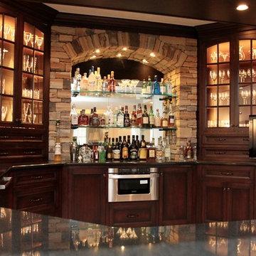 Moskowitz Custom Bar