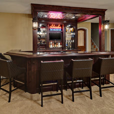 Traditional Home Bar by Knight Construction Design | Chanhassen, Minnesota