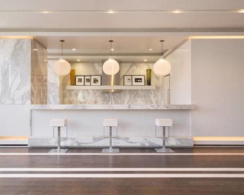 tr s grand bar de salon moderne photos et id es d co de bars de salon. Black Bedroom Furniture Sets. Home Design Ideas