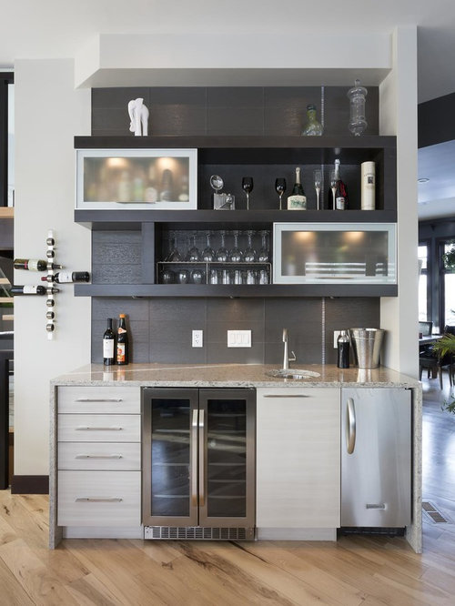 Inspiration For A Small Modern Single Wall Wet Bar In Toronto With An  Undermount Sink