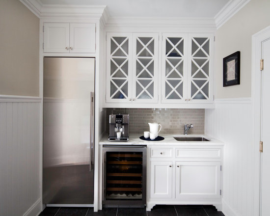 home bar design ideas, remodels & photos with beaded inset cabinets