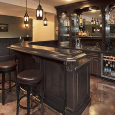 Traditional Home Bar by A Cabinet Company, LLC