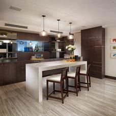 Contemporary Home Bar by Guimar Urbina | KIS Interior Design