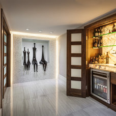 Contemporary Home Bar by 2id Interiors