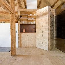 Traditional Home Bar by AREA Handelsgesellschaft mbH - Linz OÖ