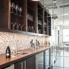 Transitional Home Bar by Paul Hills Construction