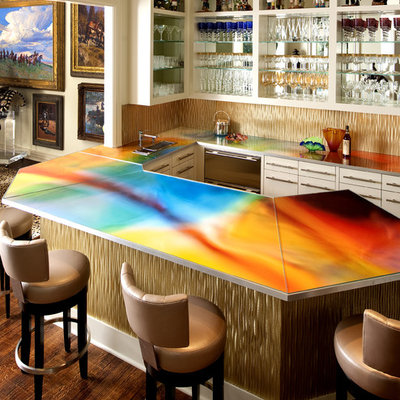 Seated home bar - contemporary u-shaped dark wood floor and brown floor seated home bar idea in Dallas with flat-panel cabinets, white cabinets, beige backsplash and multicolored countertops