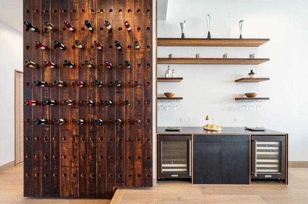 Contemporain Bar de Salon by Trinion Properties LLC