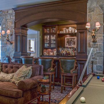 Traditional Home Bar