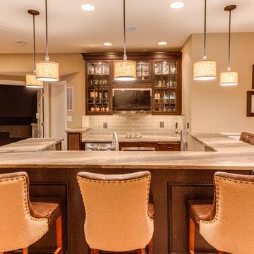 Traditional Wet Bar Design Leesburg VA by Reico