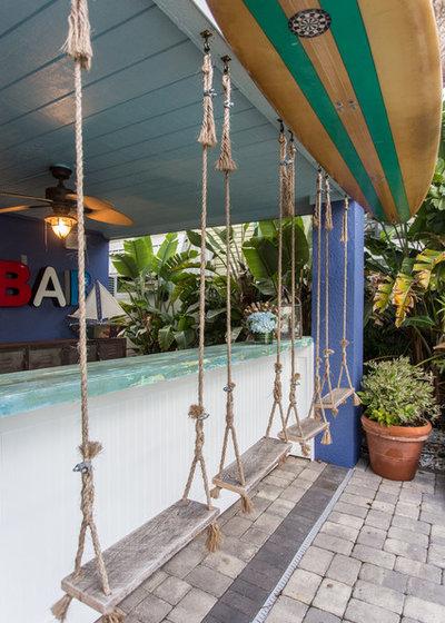 Beach Style Home Bar by ZaZood