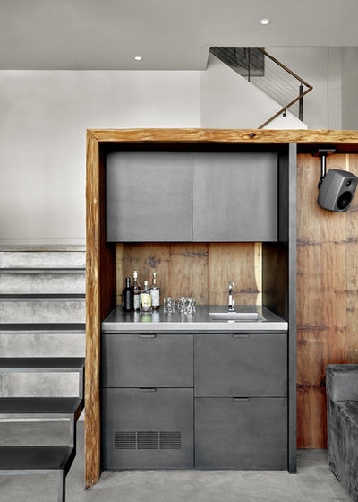 Modern Home Bar by Knock Architecture and Design